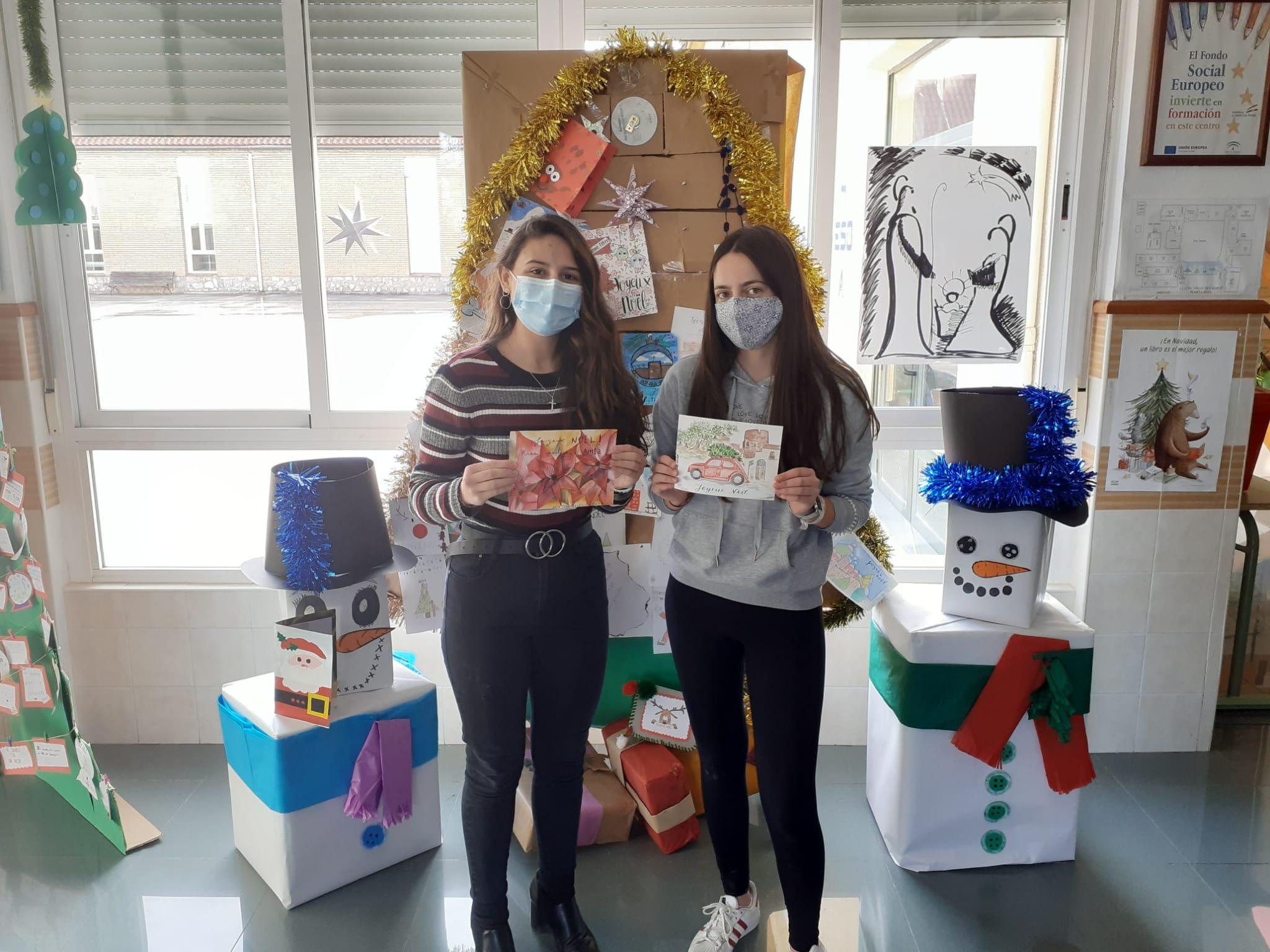 Fotos de las alumnas ganadoras del primer y segundo premio